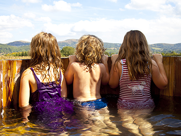 Hollings Hill glamping hot tub panoramic views